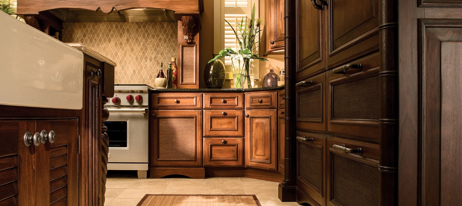 Charmant Why Have Custom Kitchen Cabinets Made For Your Home In Tampa, FL?