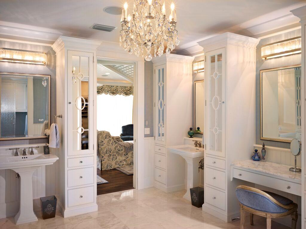 Designer Kitchen Cabinets And Bathroom In Tampa Florida