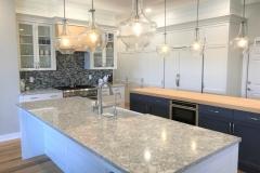 Kitchen & Island (5)